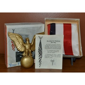 http://armadaantiques.com/113-652-thickbox/wwii-us-48-stars-flag-and-eagle-kit-general-flag-company-with-original-box.jpg