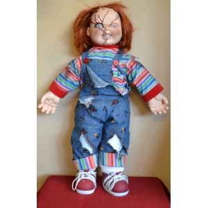 http://armadaantiques.com/71-260-thickbox/26-chucky-plush-doll-good-guys-from-the-bride-of-chucky.jpg